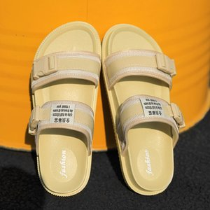 2019 Summer Man Sandals Women Sandals Men Light Shoes Black Yellow Fashion Leisure Breathable Hot Sale Lover Slippers Sneakers
