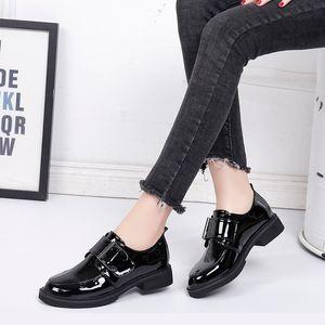 BeautyFeet Yeni Katı Rugan Kadın Ayakkabı Kadın Oxford Boş Ayakkabı Kadın Kare Düşük Topuklar HoopLoop Günlük Ayakkabılar