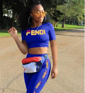 2019 Las mujeres populares del verano fijaron el cuello o la parte superior corta de la rodilla y los pantalones largos de la rodilla se adaptan a las damas carta imprimir chándal