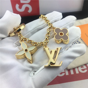 Designer Key Buckle Fashion Famous Designer Keychain Luxury Handmade Brand Car Keychain Man Woman Bag Charm Pendant Accessories New Arrive