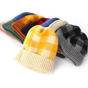 Chapeaux tricotés pour femmes, famille automne et hiver, chapeaux chauds, couleurs coréennes, couleurs chaudes à carreaux, à carreaux EEA209