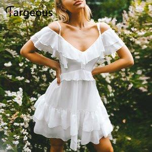 Fargeous Элегантное Белое Шифоновое Платье Женщины 2020 Летняя Мода Спагетти Ремень Sunderss Cut Плечо V Образным Вырезом Короткие Партии Vestidos