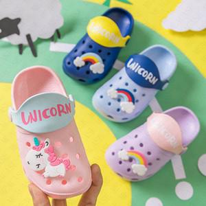 Neue Jungen-Mädchen-Sommer Flache Sandalen Kinder Cartoon Unicorn Cave Schuhe Antiskid Baby Slippers Strand Flip Flops für Kinder im Freien Slipper D62207