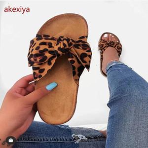 AKEXIYA Bow Leopard Mulheres Chinelo Verão Open Platform Toe Deslize Mulheres Moda oco Luz deslizamento no Sandals Mulher Sapatos