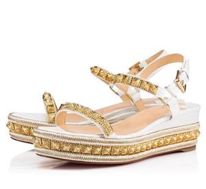 Senhora de luxo Sapatos de Fundo Vermelho Para Mulheres Pyraclou Sandália Wedge Studs Mulheres Tira No Tornozelo Gladiador Sandálias Vestido de Festa de Casamento Com Caixa