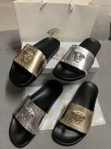 Mit Box Gold Silber Männer und Frauen Modelle Hausschuhe Designer Luxus Strand Hausschuhe Sommer flache Sandalen Hausschuhe Damen Designer Rutsche