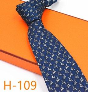 Cravatta cucita a mano a mano animali del marchio degli animali di marca europea e americana regalo serie H famiglia stampa cravatta regalo di alta qualità amante