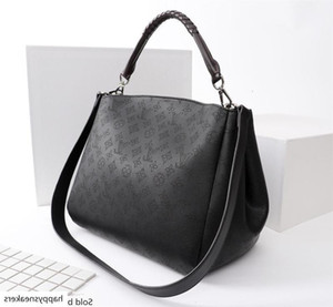 25 29 16 5 07 Hot Latest Men And Women Shoulder Handbags, Backpacks, Crossbody Bags, Waist Pack. Size cm*cm*.cm