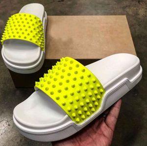 2020 Summer Flip Flop Slippery Sandals With Studs Red Bottom Sandals Pool Fun Slides luxury Boy Beach slippers flip flops EU38-47