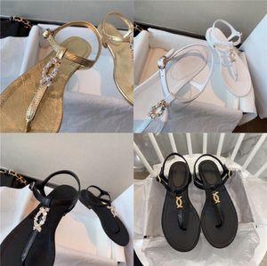 Sandals Female 2020 Summer New Bohemian Flat Bottom Rhinestone Women Pinch Beach Sandals Free Shipping #12#768