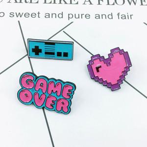 Любить Эмаль Брошь Розовое сердце Game Over Берите Кнопка штыри для одежды мешок шаржа ювелирных изделий подарка для друзей Game Lover