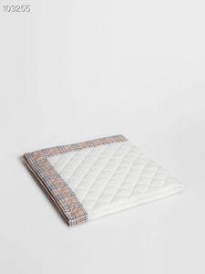 2020 VENTA CALIENTE ropa de cama de bebé embroma Mantas Moda diseño de cuidado pañales de los niños