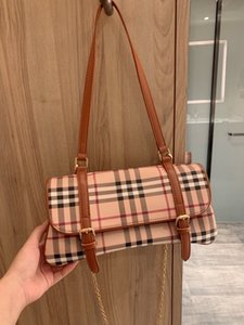 B womens luxury designer handbags new fashion designer crossbody bag high quality stamped designer bag