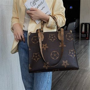 Designer Handbag 2020 freeshipping Designer Large Capacity Casual Totes High Quality Women Purse and Handbags Luxury Fashion Shoulder Messen