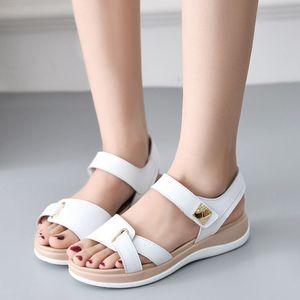0722hzd205 новые Популярные на открытом воздухе прогулочные плоские тапочки мужские сандалии женские летние прохладные пляжные сандалии с коробкой