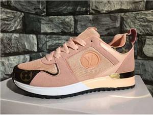 2019 novo luxo casual shoes homens mulheres tênis sneakers men sports shoes moda cor misturada condução sapatos ao ar livre andar sapato tamanho 36-44