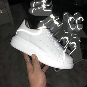 Yeni Gelenler Renkli Yansıma Casual Ayakkabı Erkek Platformu Des Chaussure Tasarımcı Kadınlar Sneakers Deri Vintage Trainer Ayakkabı Espadrilles