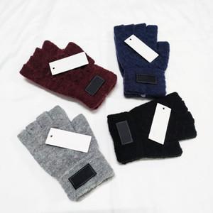 Guanti progettista di marca di uomini delle donne di modo per l'autunno inverno guanti caldi guanti senza dita sport esterno di inverno caldo cashmere Guanti