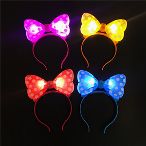 LED Flash Light Emitting Bow Hairpin Fasce per Concert Bar Christmas Party Dance Decorations Puntelli per Girls Women VT0106