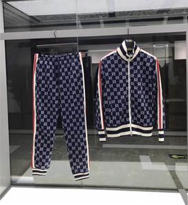 Novos designers Europeu e sportswear desgaste + calças de primavera e outono zipper letras luxo casual desportivo terno dos homens de estilo americano em execução