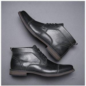 Vestito convenzionale superiori di scarpe per marchi Scarpe Uomo commerciali cuoio genuino della punta aguzza di marca Mens Oxfords Scarpe casual formato 40-47