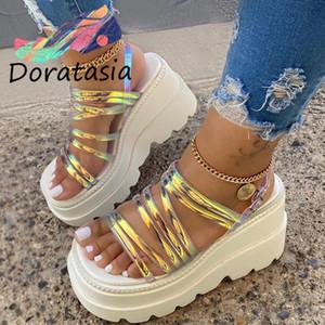 DORATASIA Big Size 35-43 IN Fashion Frauen-Plattform-Sandelholz-geöffnete Zehe-Schnalle Riemchen Pre-Sale-Sandelholz-Frauen-Sommer-Schuhe Frau