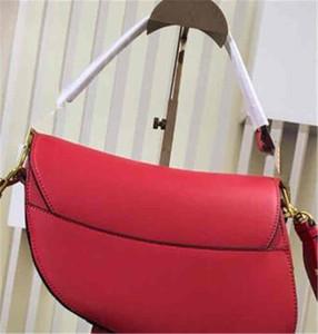 Le donne ricamato Classic Borsa a ferro di cavallo fibbia borsa del cuoio genuino borse tracolla del messaggero del Tote Vintage Purse