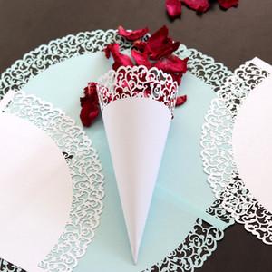 Flores de encaje adhesivo Conos de pétalos de papel Soporte de dulces Copa de papel de confeti de boda 50pcs / pack Suministros de decoración decorativa de fiesta de bricolaje