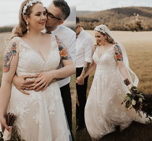 Plus Size Bohemian Wedding Dresses 2020 Elegant Lace Applique V-neck fairy Full Length Beach Holiday Country Wedding Gowns