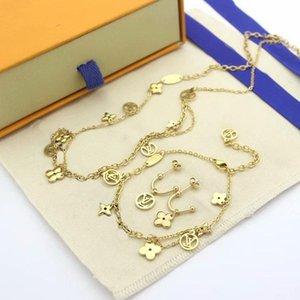 Europ America Jewelry Sets Lady Women Titanium steel Four Leaf Flower V Initias 18K Gold Double Deck Necklace Bracelet Earrings 3 Color
