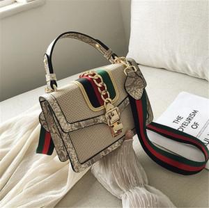 럭셔리 디자이너 가방 핸드백 럭셔리 디자이너 여자의 어깨 가방 색상 충돌은 고대 방법 체인 장식 패션 5 복원 여자