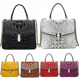 WomenS Designer Crocodile Shoulder Bag 2020 New High-Quality Pu Leather Women Bag Patent Leather Shell Bag Simple Stitching Bag#733