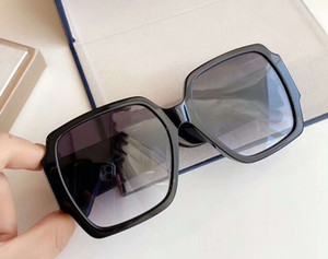 Quadro Mulheres Praça Sunglasses Preto Grey Lens louco bonito Sun Glasses 2603 Moda óculos novo com caixa