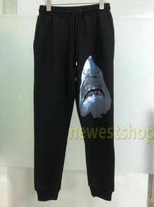 2020 nuove date pantaloni con coulisse di stampa squalo Sweatpants Fashion Street Skateboard Uomo Casual Via Pantaloni Fitness traspirante pantaloni della tuta