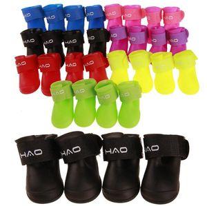 4pcs / set Haustier-Hundeschuhe für Outdoor-Sport rainshoes Stiefel mit sicheren reflektierenden Streifen Galoschen Hundekleid Haustier Schutzprodukt zu Fuß