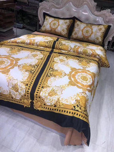 European Style Luxury Gold V Letter 5pcs Bedding Set French Italy design rococo Print Brand King Queen size Wedding Bedding Set