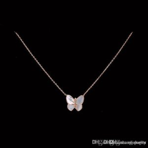 2020 Hot CoN1 2020 Hot sell exquisite Clover style Necklaces for women and man gifts gold plate jewelry free shipping