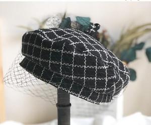 Tüvit ekose bere klasik İngiliz vintage ressam şapkalarda kadınlar için yeni bir moda trendi