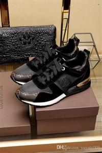 المصممين A6 فاخرة احذية عادية Rockrunner الترفيهية رجل إمرأة حذاء رياضة شبكة جلدية الترقيع شقق بنات رخيصة أفضل تنس