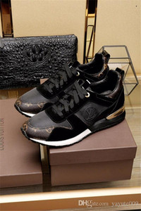 A6 Luxe DESIGNERS Chaussures Casual Rockrunner Loisirs Chaussures Hommes Femmes Chaussures Mesh cuir Patchwork Flats Filles pas cher Meilleur Tennis