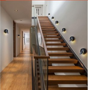 Lámpara de pared LED Rotación de 360 grados Luz de cabecera ajustable Lámpara de pasillo moderno negra redonda