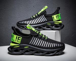 Erkek yeni fly dokuma nefes kişilik spor ve eğlence ayakkabı nefes öğrenci koşu ayakkabıları erkek spor rüzgar tek shoes39-44