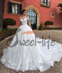 2020 Princess Off the Shoulder Lace Wedding Dresses A Line Appliques Long Bridal Ball Gown Plus Size Bride Dress