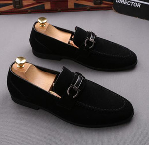 Neue Männer Kleid Schuhe Schatten Lackleder Luxus Mode Bräutigam Hochzeit Schuhe Männer Luxus italienischen Stil Oxford Schuhe Größe: 39-44