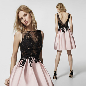 Blush Pink Lace Short HomeComing Dresses barato A-Line apliques Apliques Backless Cocktail Vestido Mini vestido de prom PROM Club de noche Use CPS363