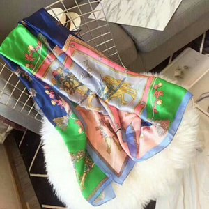 2020 latest design of carriage printing pattern fashionable silk soft women scarf luxury women sunscreen large shawl