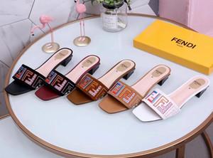 Neue Mode Frauen Casual Sandalen weibliche Samt Seidenstoffe Schuhe Frau Luxus Design Peep Toe Sandalen Stickerei Hausschuhe # 35
