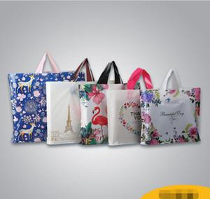 50pcs / lot embalagem plástica handbags presente PE Moda sacos para embalagem Mulheres Crianças Loja de Roupa sacola de compras Flamingo Elk dos desenhos animados sacos
