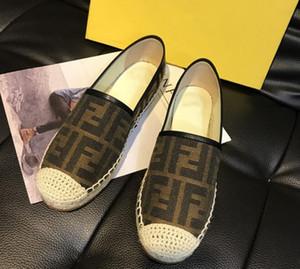 Mulheres Flats Alpercatas Verão rendas macio moda F Lambskin Couro Malha OL antiderrapante sapatos de férias preguiçoso preguiçosos Lazer R01