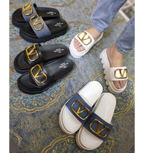 Quality Real Leather Designer Slides Calfskin Women Sandals Shoes Boutique size 35 to 41 tradingbear